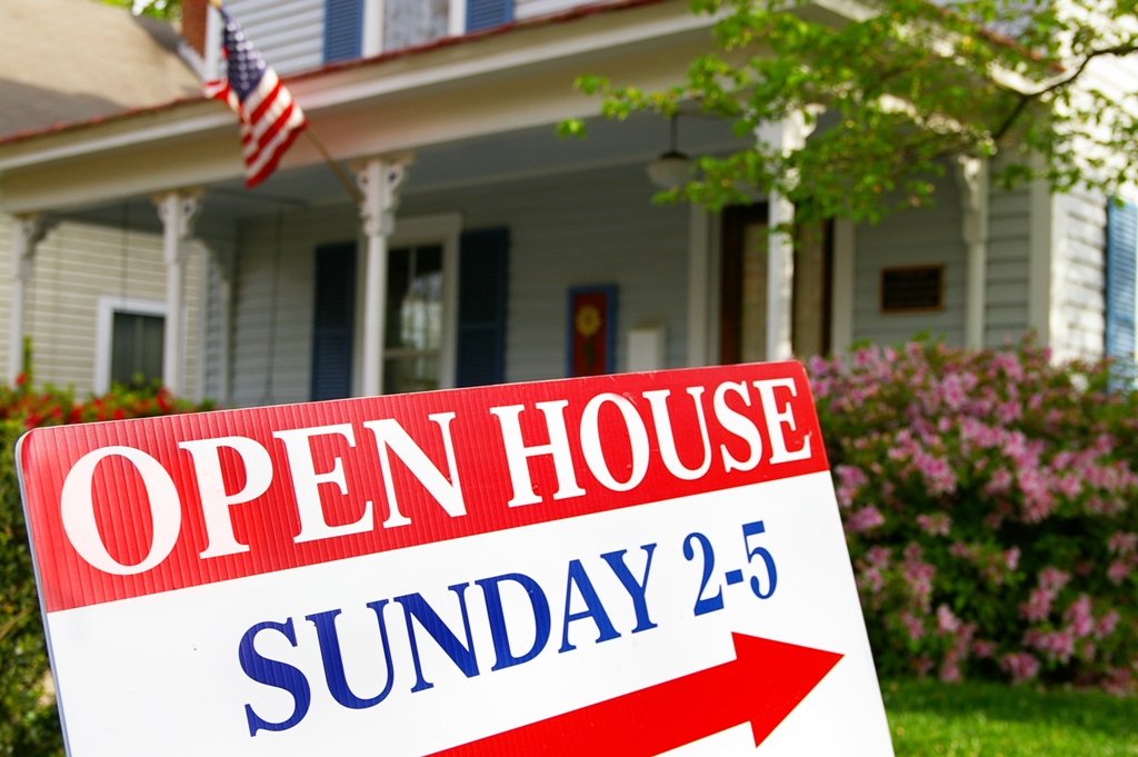 7 Things to Hide During an Open House