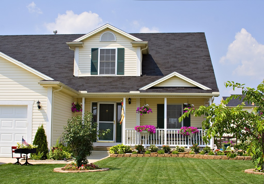 Landscaping Tips That Amp-Up Home Value