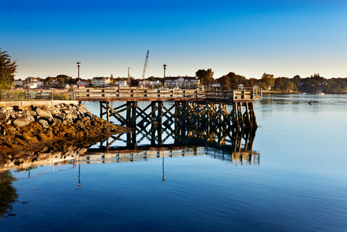 Looking over Piscataqua River at Eliot Maine early on a summer morning