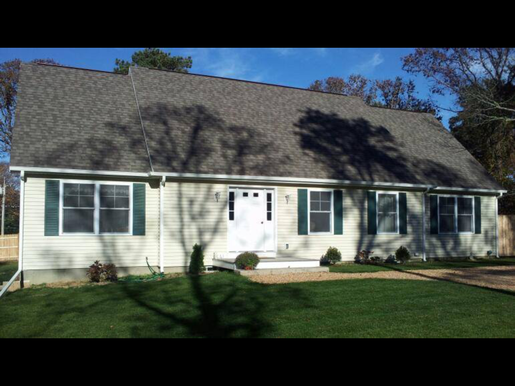 Recently Sold Marthas Vineyard Real Estate Mv Homes Wiring House To Detached Garage Along With Electrical Diagram Oak Bluffs 143 Pennsylvania Avenue For 66700 May 18 By Marilyn Moses Located In The Lagoon Heights Offering 3 Bedrooms 35 Bathrooms