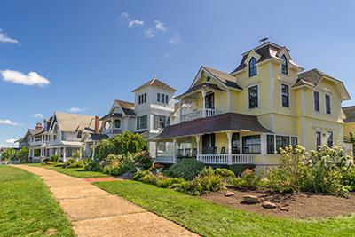 Homes in Oak Bluffs