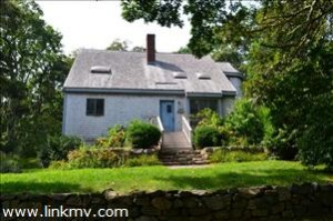 OAK BLUFFS 3 BR 2 BATH W/ GARAGE SOLD $505,000