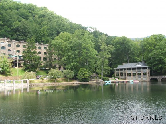 Beautiful Lake Susan in Montreat