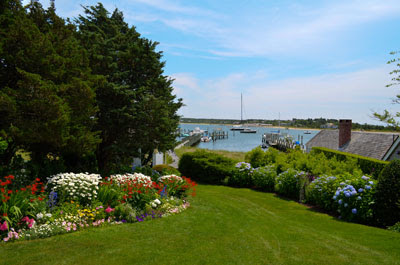 Martha's Vineyard: Coldwell Banker Landmarks Real Estate