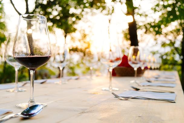 Martha's Vineyard Diner Table