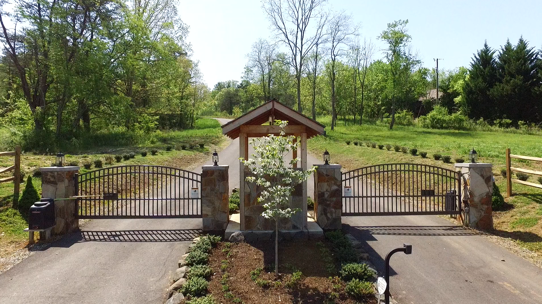 Saddle Ridge Estates Asheville NC gated mountain communities