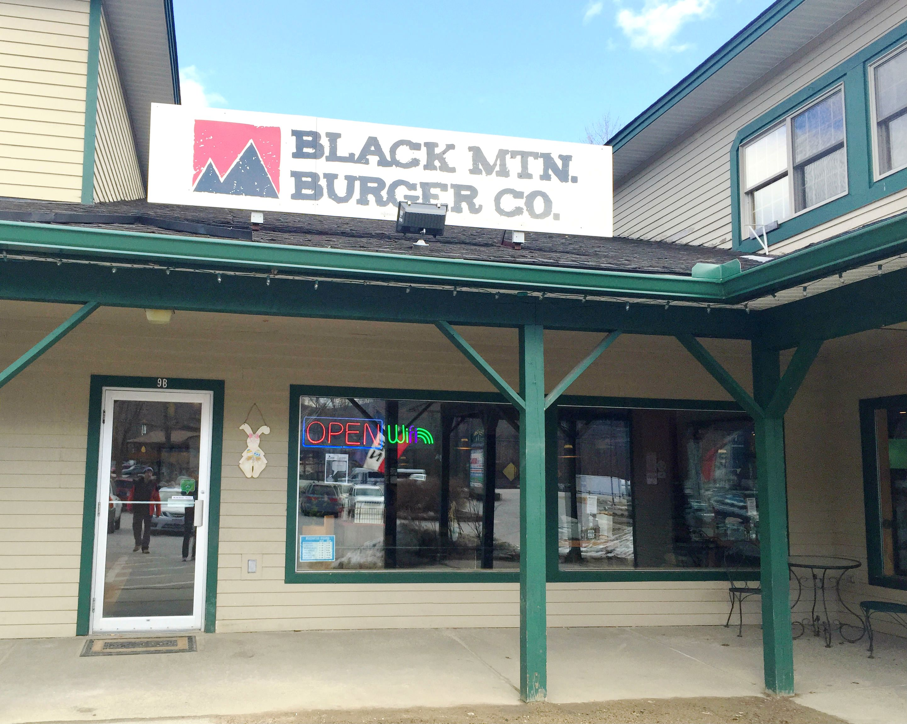 Black Mountain Burger, Lincoln, NH