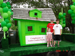 Louise Condon Realty Green Float