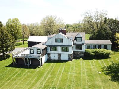 Unique Lakefront Farmhouse in Grand Isle, Vermont