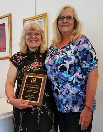 Mary Chamberlin Accepts Realtor of the Year Award