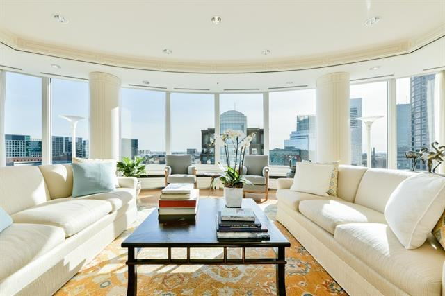 Living Room - Penthouse 6 10 Rowes Wharf