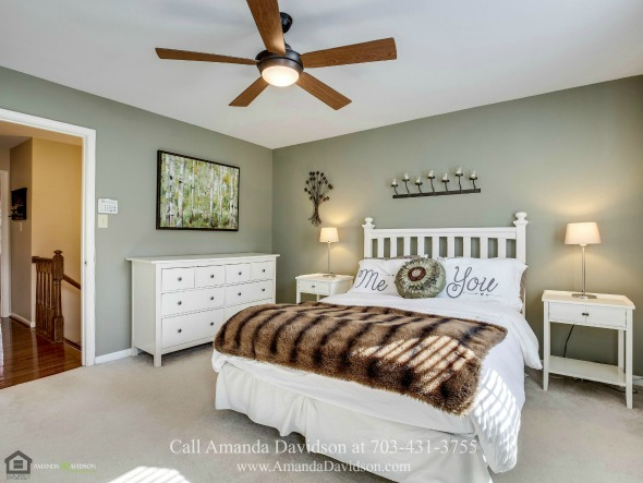 Townhouses for Sale in Alexandria VA - After a long day of work, what could be better than to relax in the luxurious master suite of this townhouse for sale in Alexandria VA.