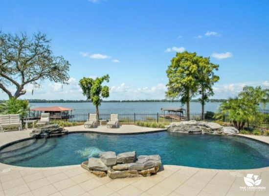Mount Dora Waterfront Homes For Sale