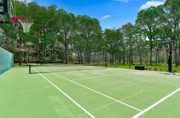 The hamptons tennis court