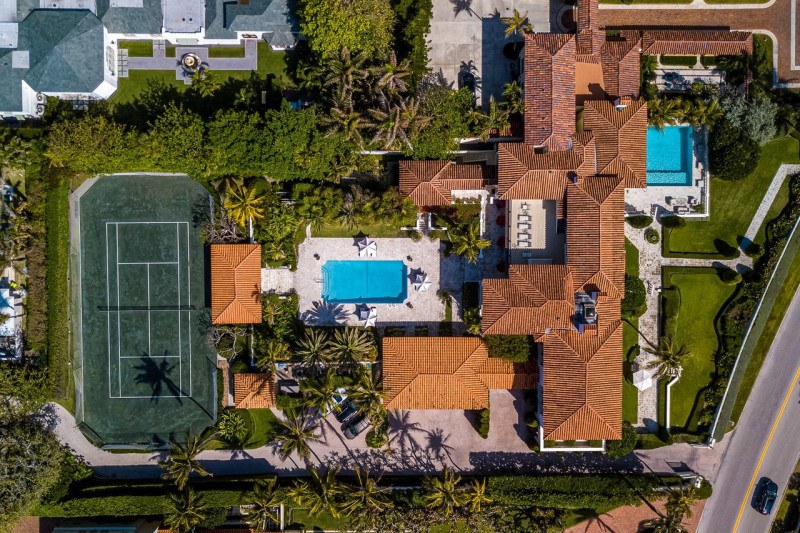 john-lennon-and-yoko-onos-palm-beach-home-listed-for-47-5m
