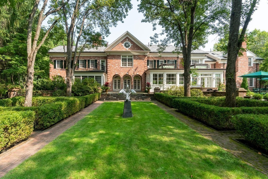 200 Pond Road, Wellesley, MA