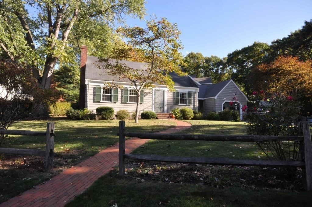 25 Young Street, Lexington, MA