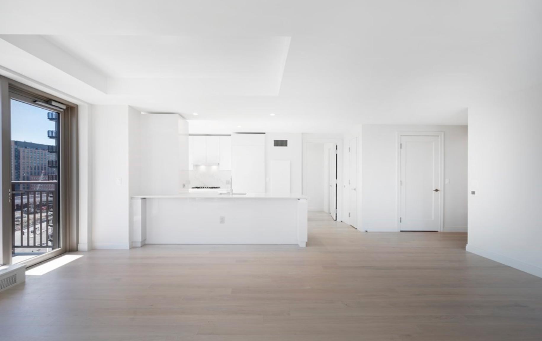 Echelon - Kitchen Dining Area