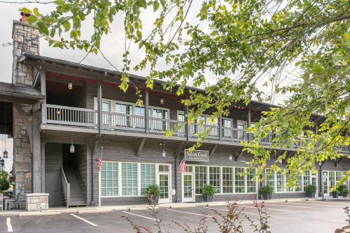 Silver Creek exterior office photo
