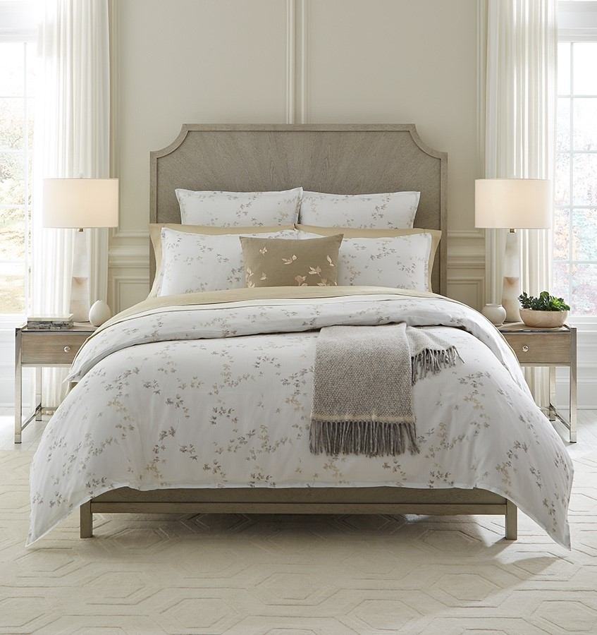 �Tenora Bedding Collection by Sferra