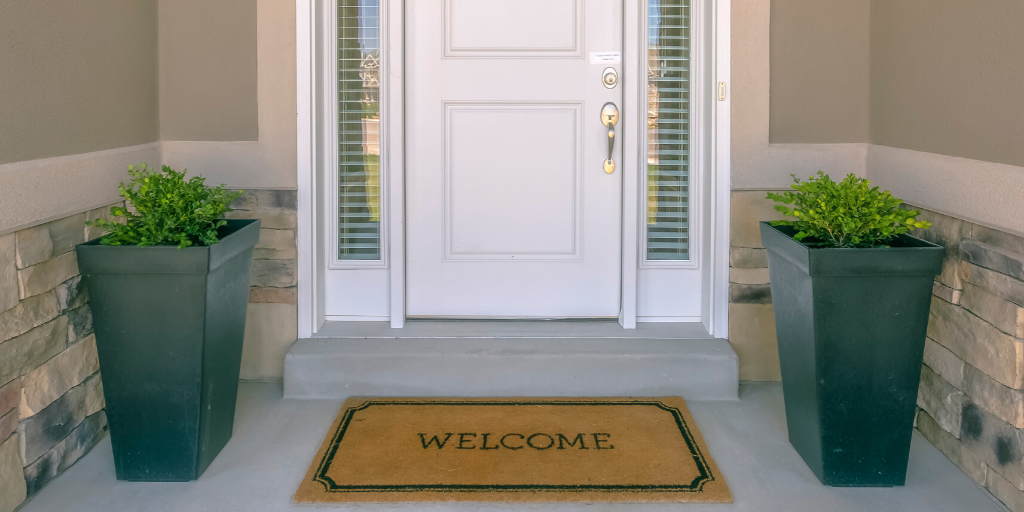 Budget Friendly Outdoor Decor Welcome Mat