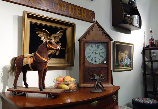Antique Dealers' Show at Stratton