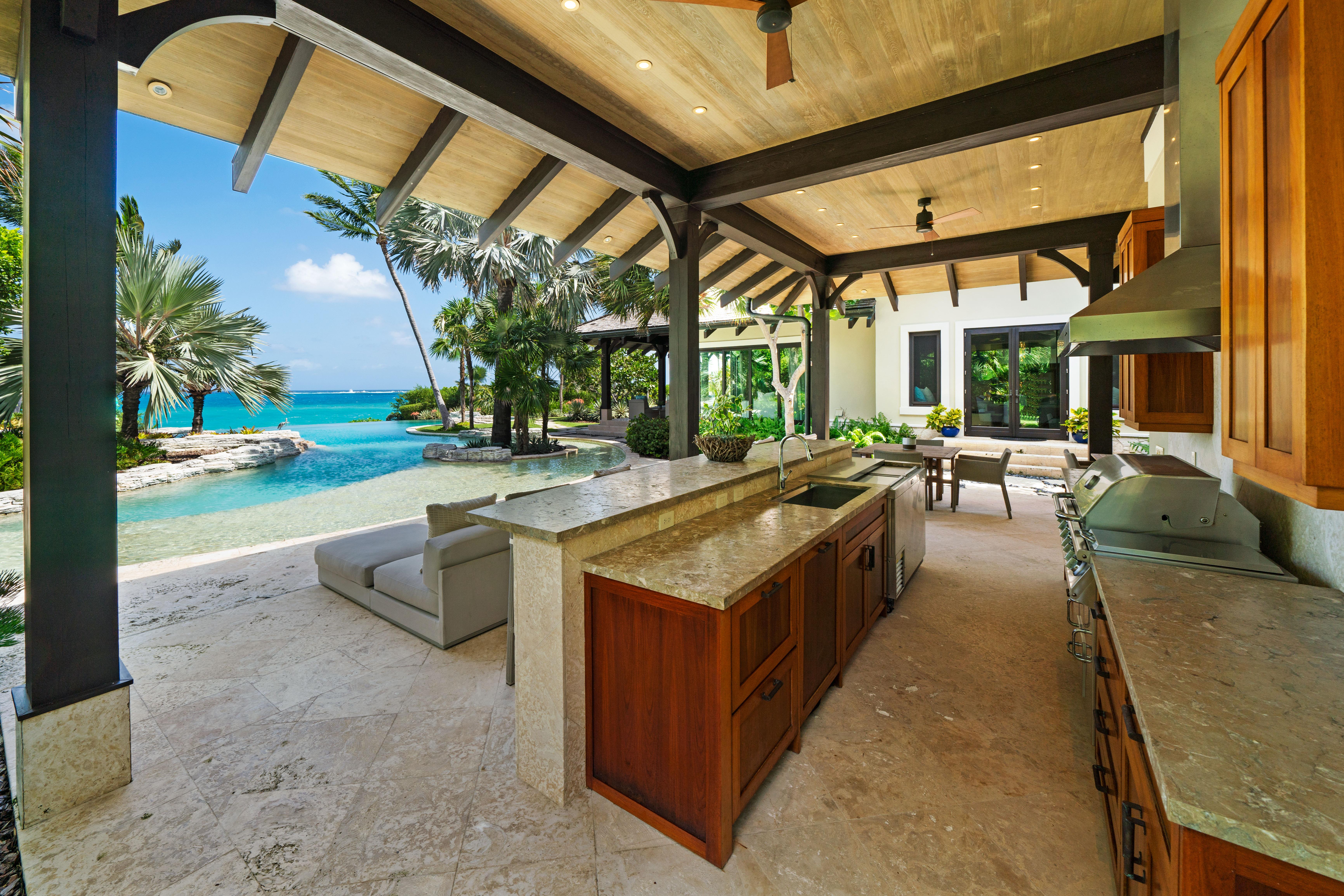 Large Outdoor Kitchen Area