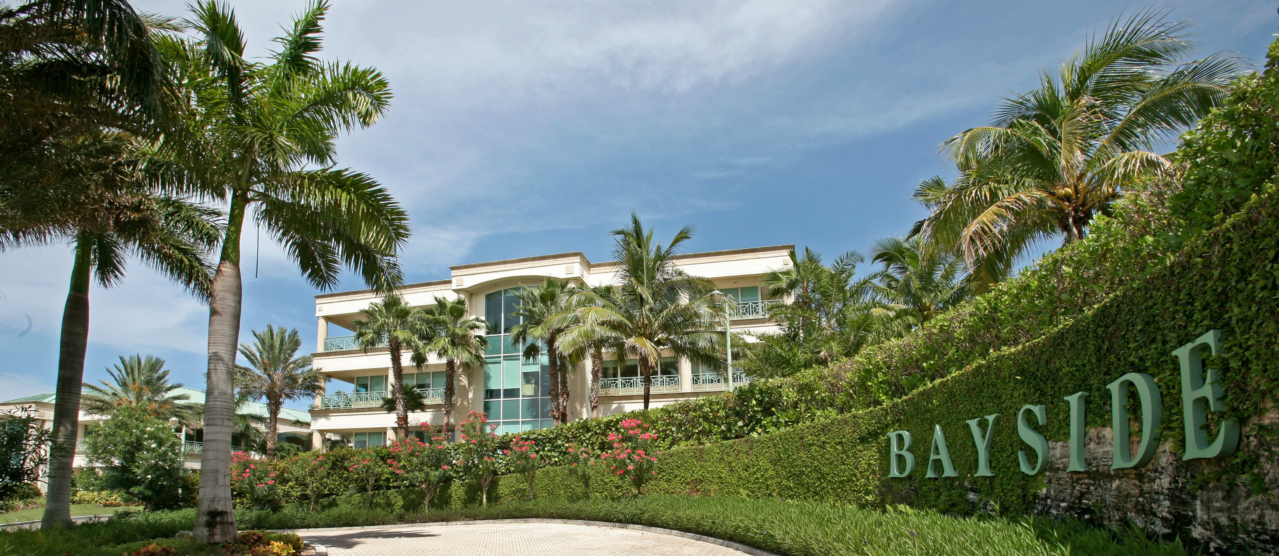 Bayside Bahamas Commercial Building | Bahamas Realty