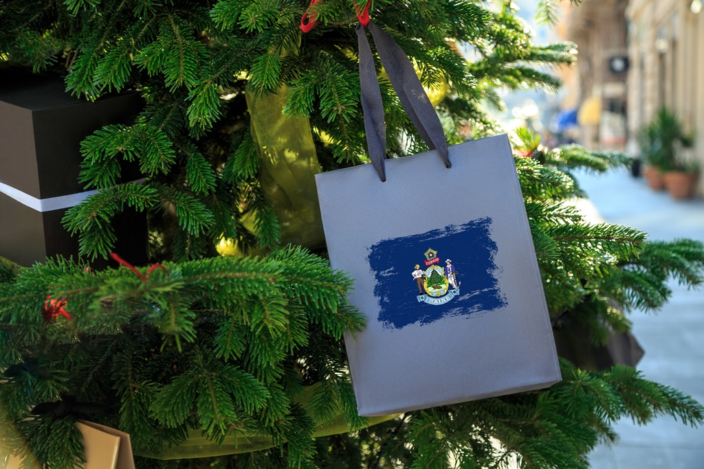5 Maine-Made Holiday Gifts to Send Your Friends and Family
