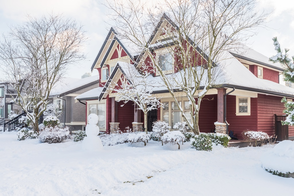 From Cold to Sold: Tips on Home Selling in Winter Weather
