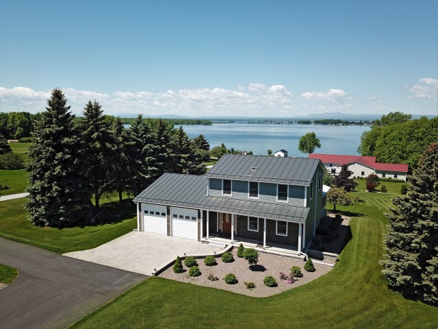 Home in the Lake Champlain Islands, Grand Isle, Vermont