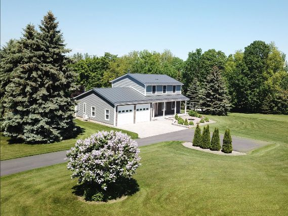 Vermont Colonial Home with Manicured Lawn