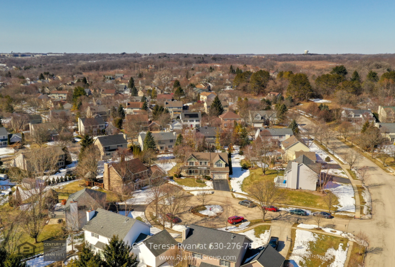Home for sale in West Dundee IL- This West Dundee IL home places you just minutes away from all the local amenities and conveniences.