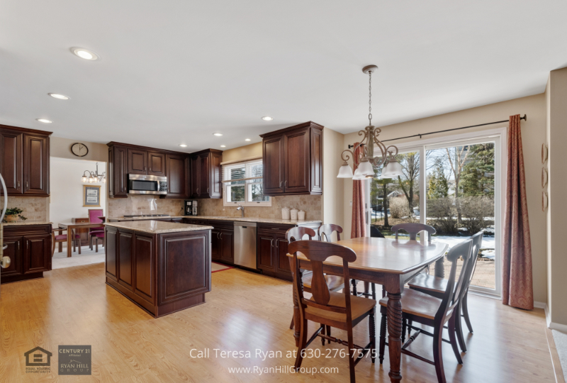 Real estate for sale in West Dundee IL- The kitchen of this West Dundee IL home for sale is ready to deliver the best meals.