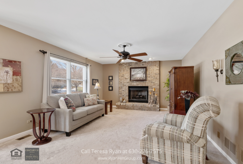 West Dundee IL home for sale- Fall in love with the warmth and elegance of this family room of this West Dundee IL home.
