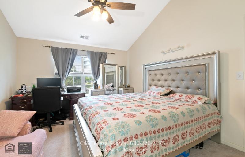 Condos for Sale Naperville IL - Experience restful nights in this home for sale in Naperville, IL.