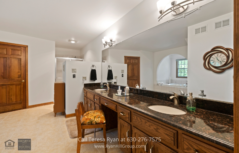 Naperville IL Real Estate - Be the owner of a spacious two-story home when you buy this Naperville IL property.