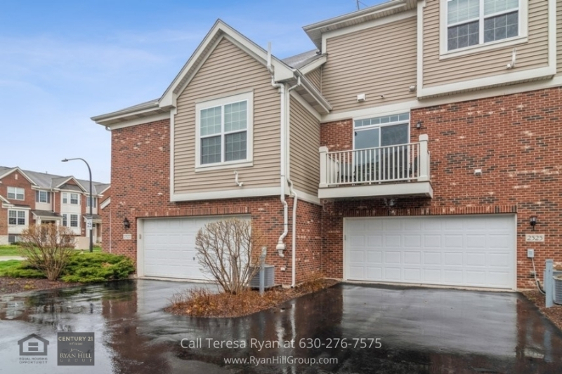 Naperville, IL townhome - Admire the morning sky from the balcony of this Naperville, IL home
