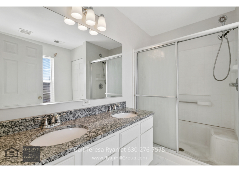 Carpentersville IL home- Experience the best of pampering in the master bath of this home in Carpentersville IL.