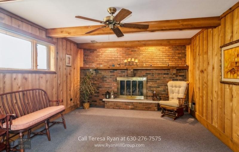 Homes for Sale La Grange IL - Experience cozy nights in this home for sale in La Grange, IL.