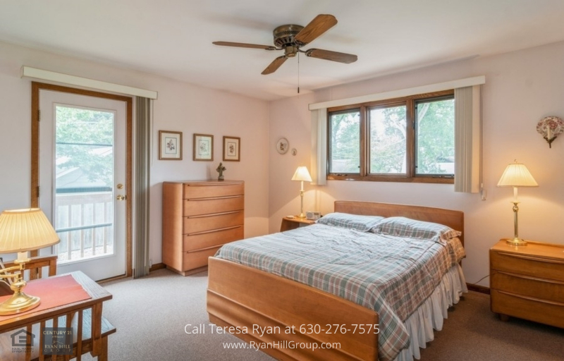 Homes for Sale La Grange Illinois - Enjoy a great master bedroom with a balcony in this La Grange Illinois home for sale.