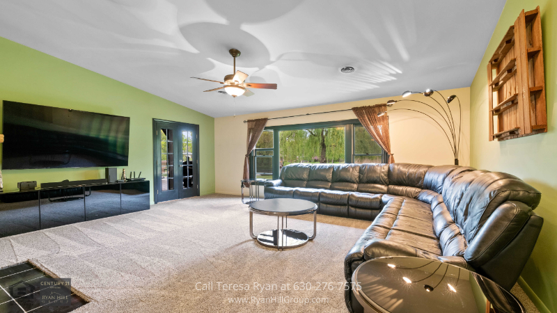 House for sale in Bensenville, IL - Live a country life in this ranch-style home with an open and bright single-level floor plan located in Bensenville, IL