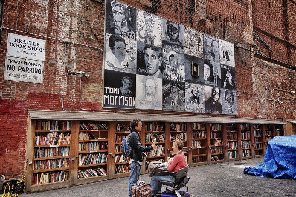 Brattle Bookshop in Downtown Boston