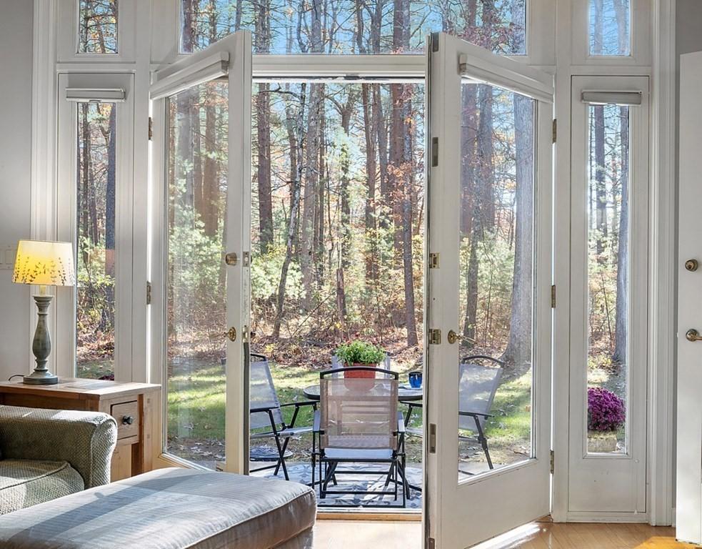 Indoor/Outdoor Area