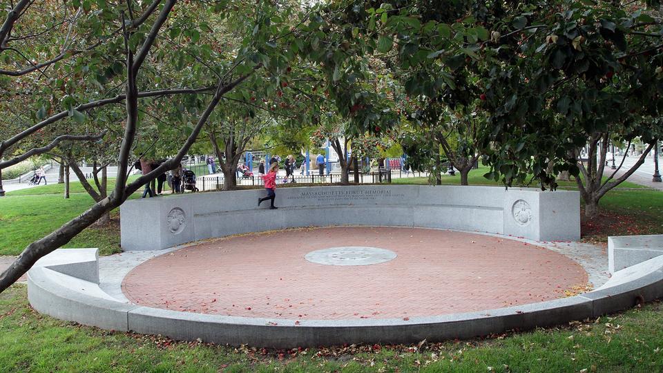 Christopher Columbus Park, Boston North End, Beirut Memorial, Marine Corps Memorial, Massachusetts Marines