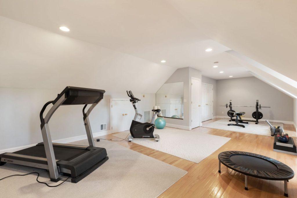 Top floor home gym