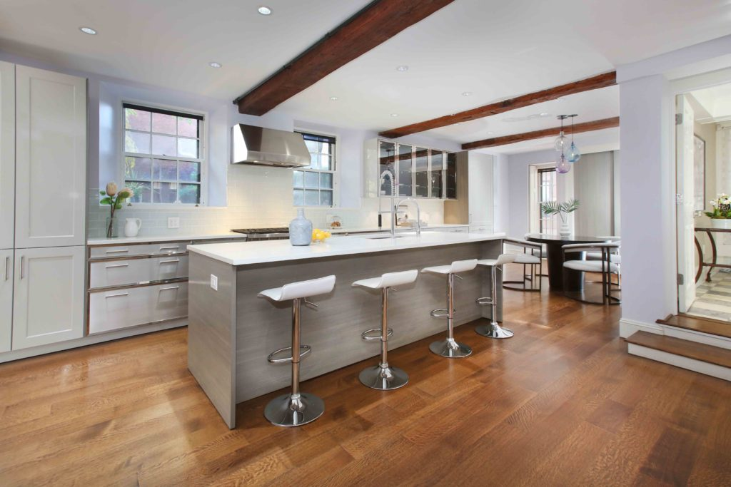 Beautiful kitchens that look as good as they cook Beamed ceilings