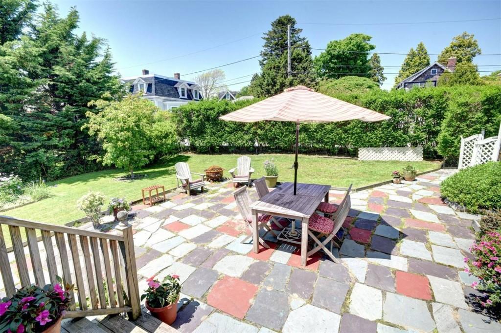 197 Coggeshall Backyard