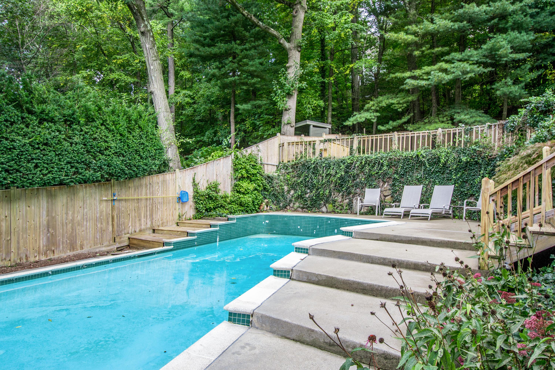 23 Swimming Pool-1