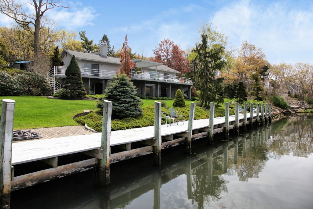 45 Childs River Road, Falmouth   Sotheby's International Realty   $1,395,000